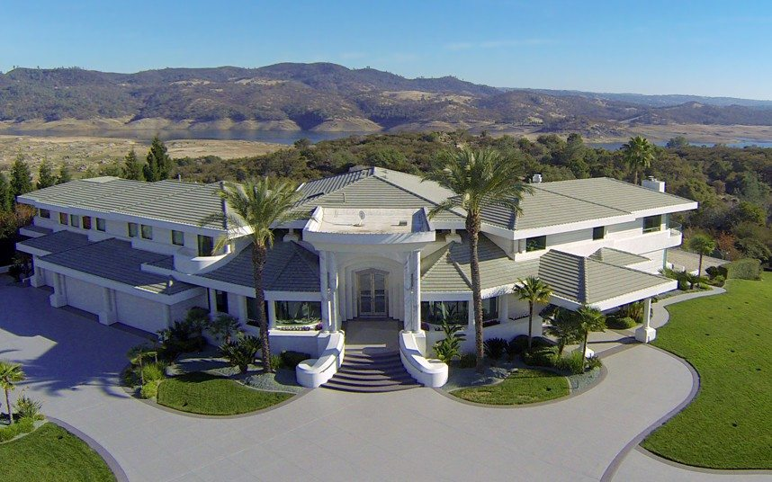 million dollar property in Nevada Foothills owned by Funny Man Eddie Murphy