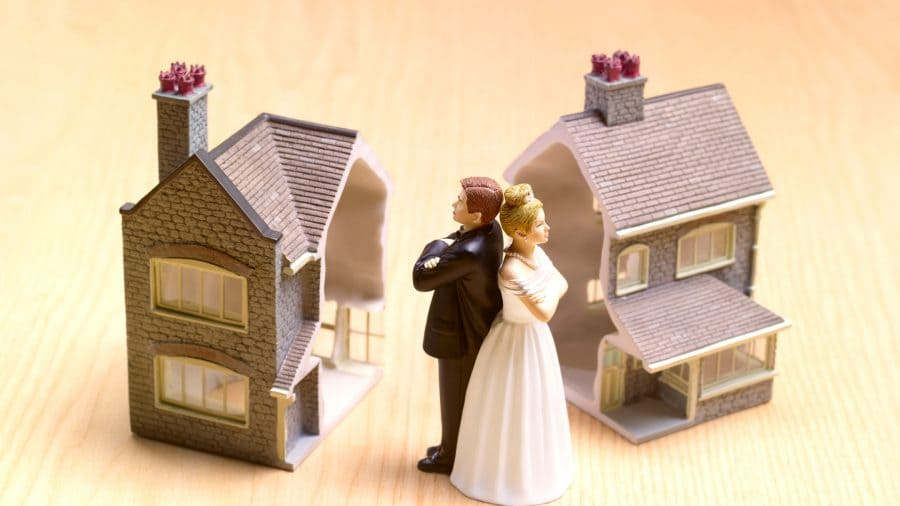 Sell a house after Divorce - Mark King Properties