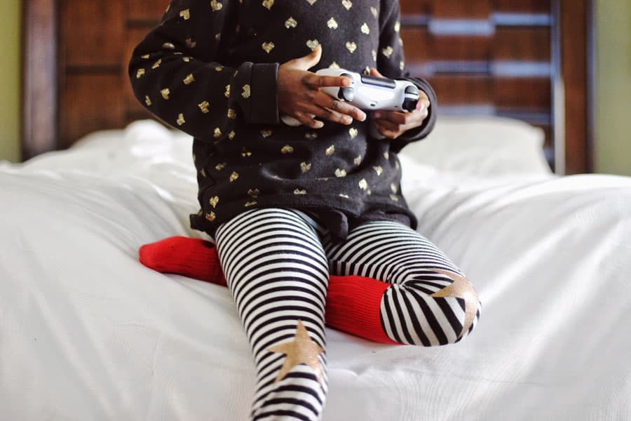 Child-playing-game-at-home