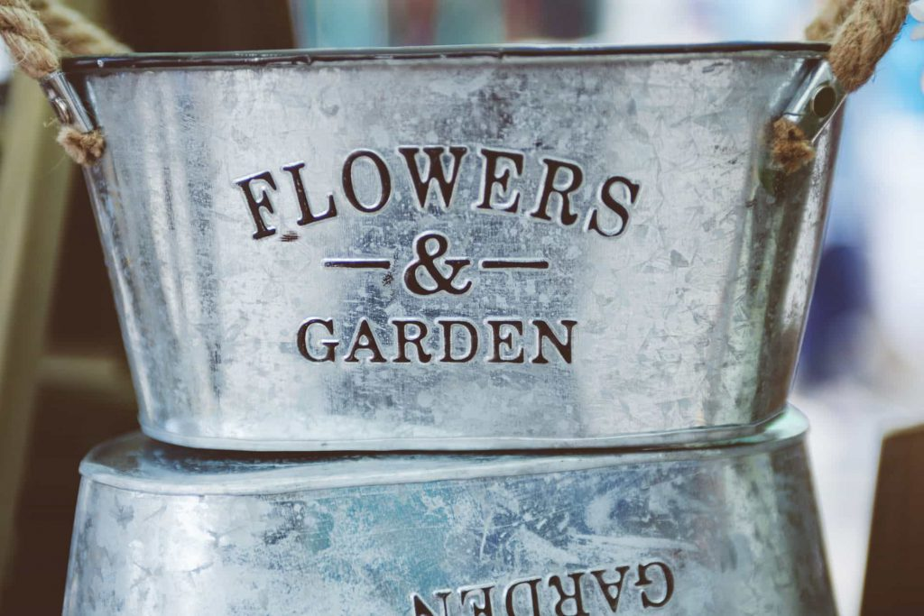 Guarden-and-Flowers-Bucket