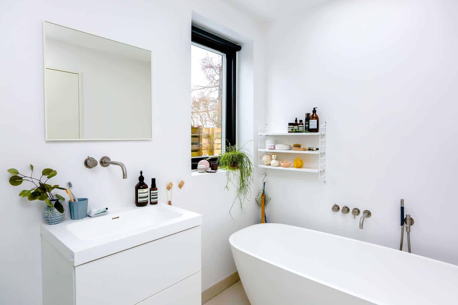 Home Design On A Budget: The Bathroom Makeover - Mark King ...