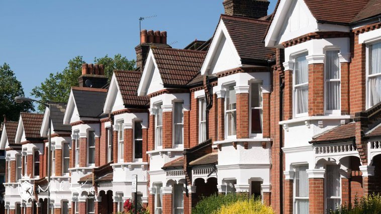House Sellers at a Clear Disadvantage